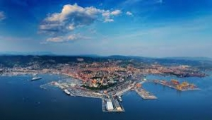 TRIESTE GETS READY FOR THE MEGA VESSELS